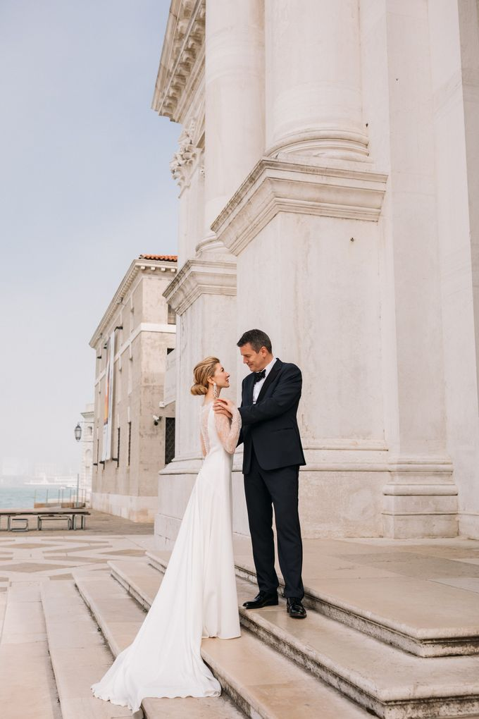 Romantic Wedding in Venice by Bridal Luxury Beauty Service - 020