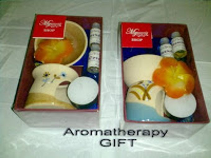 Aromatherapy Gift by MySouvenir by Dhara - 001