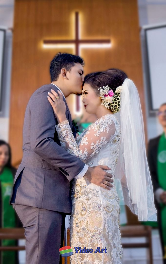 Wedding story of Ade & Martin by Video Art - 030