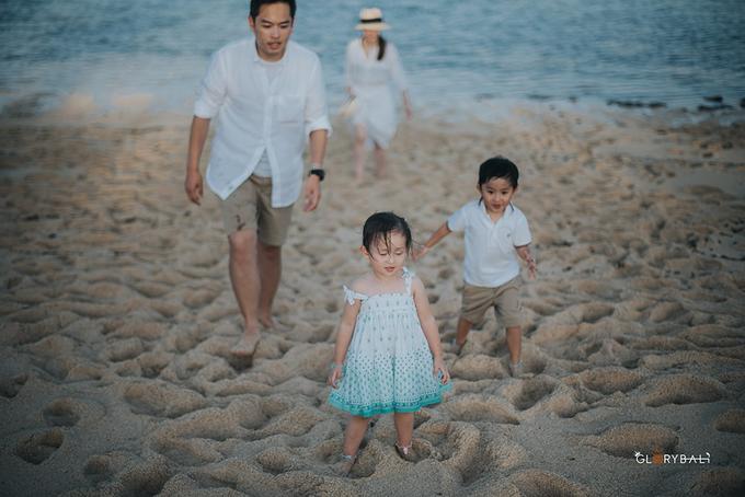 Brian & Anna's Family by ARTGLORY BALI - 027
