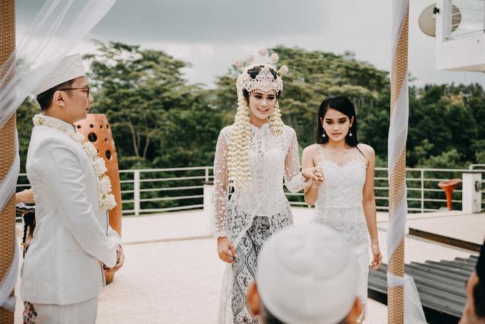 Ayip & Dara Wedding by ARTGLORY BALI - 012