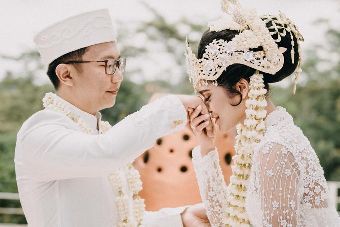 Ayip & Dara Wedding by ARTGLORY BALI - 015
