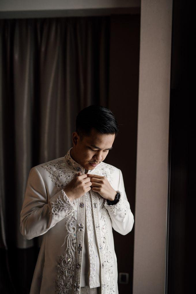 Arum & Fachri Wedding at The Allwynn Ballroom Jakarta by AKSA Creative - 001