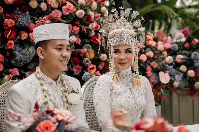 Arum & Fachri Wedding at The Allwynn Ballroom Jakarta by AKSA Creative - 004