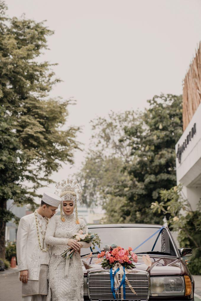 Arum & Fachri Wedding at The Allwynn Ballroom Jakarta by AKSA Creative - 005