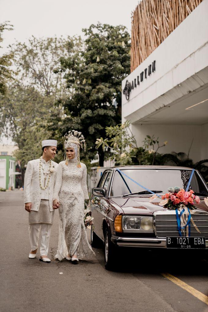 Arum & Fachri Wedding at The Allwynn Ballroom Jakarta by AKSA Creative - 006
