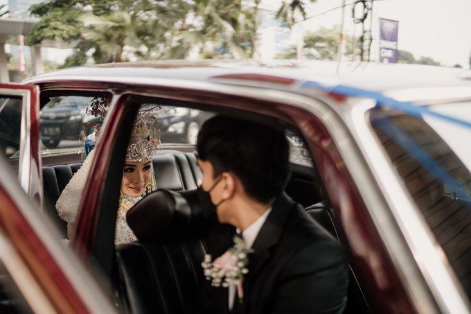 Arum & Fachri Wedding at The Allwynn Ballroom Jakarta by AKSA Creative - 018