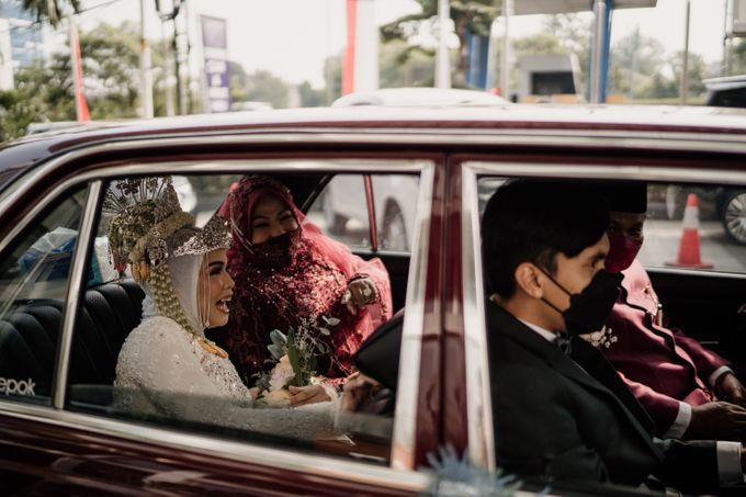 Arum & Fachri Wedding at The Allwynn Ballroom Jakarta by AKSA Creative - 020
