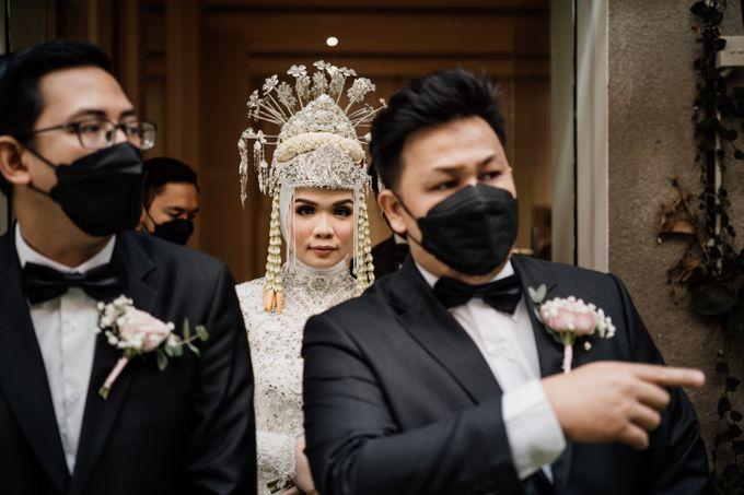 Arum & Fachri Wedding at The Allwynn Ballroom Jakarta by AKSA Creative - 025