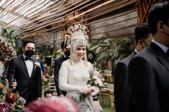 Arum & Fachri Wedding at The Allwynn Ballroom Jakarta by AKSA Creative - 028