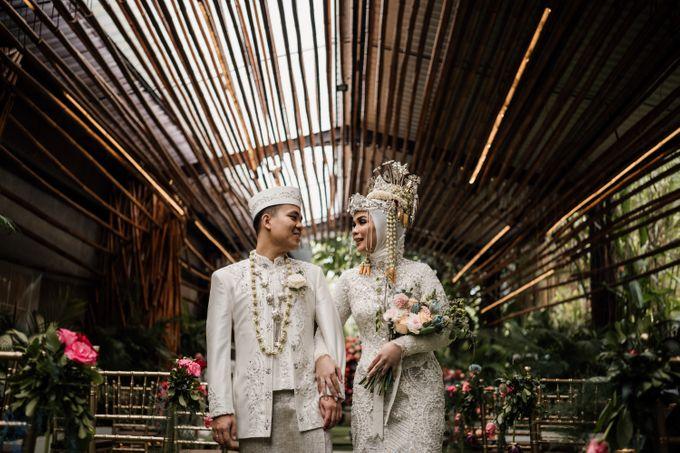 Arum & Fachri Wedding at The Allwynn Ballroom Jakarta by AKSA Creative - 036