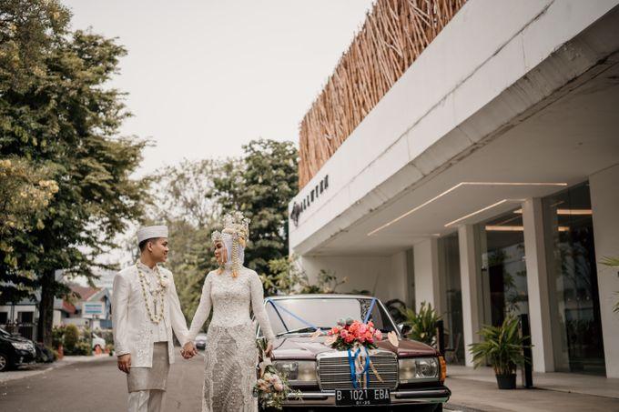 Arum & Fachri Wedding at The Allwynn Ballroom Jakarta by AKSA Creative - 038