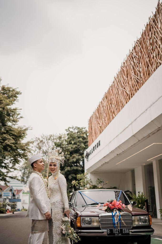 Arum & Fachri Wedding at The Allwynn Ballroom Jakarta by AKSA Creative - 039
