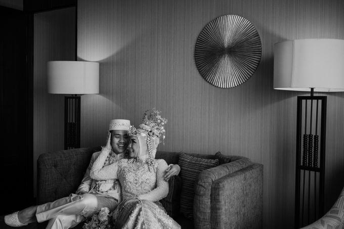Arum & Fachri Wedding at The Allwynn Ballroom Jakarta by AKSA Creative - 044