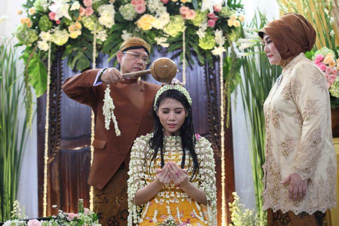 Siraman Mba Putri by Arum Ndalu Sanggar Rias Pengantin - 002
