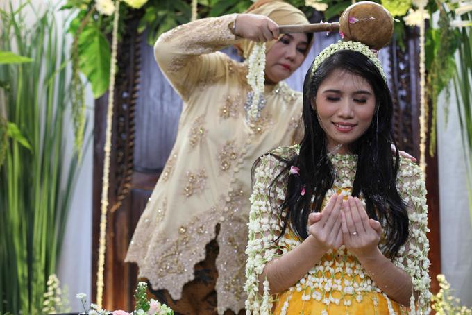 Siraman Mba Putri by Arum Ndalu Sanggar Rias Pengantin - 003
