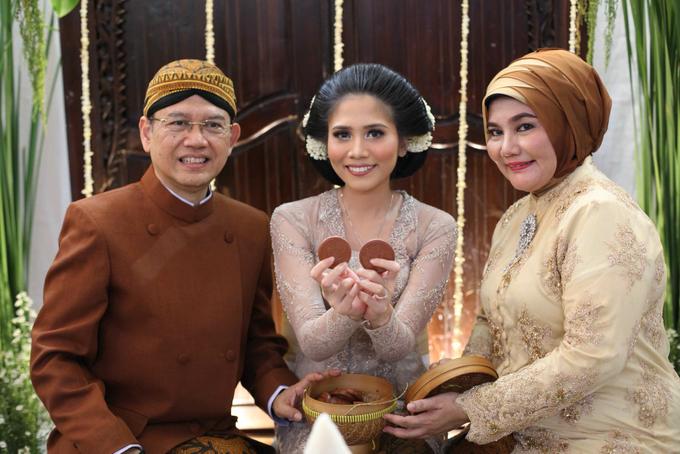 Siraman Mba Putri by Arum Ndalu Sanggar Rias Pengantin - 005