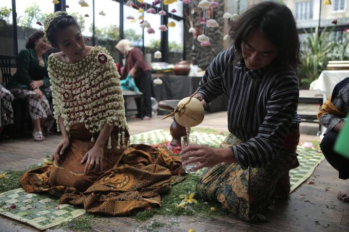 Mitoni Dominique Diyose by Arum Ndalu Sanggar Rias Pengantin - 004