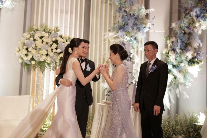 Handy & Devina Wedding by GLOW LIGHT - 008