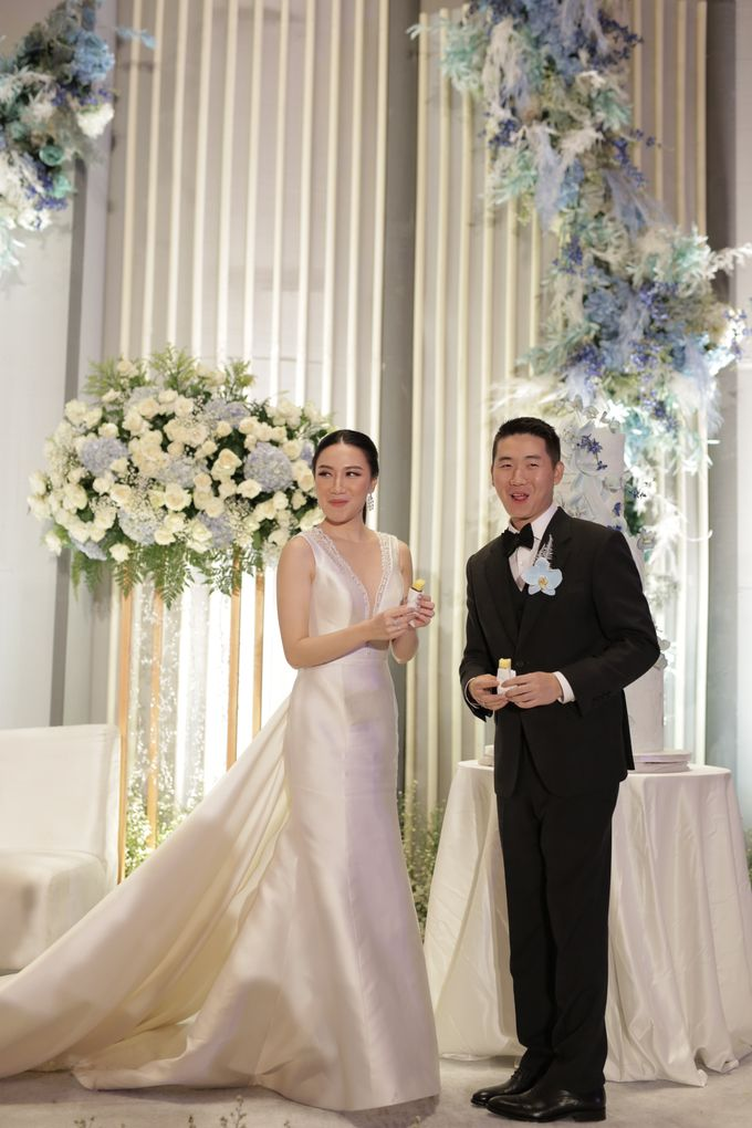 Handy & Devina Wedding by GLOW LIGHT - 009