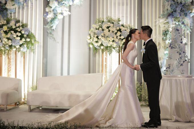 Handy & Devina Wedding by GLOW LIGHT - 012