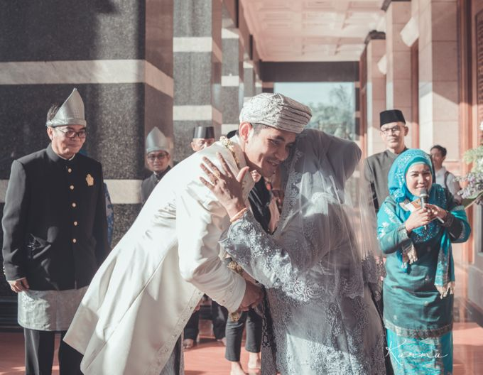 Sacred Wedding in Kubah Emas Grand Mosque by DES ISKANDAR - 010
