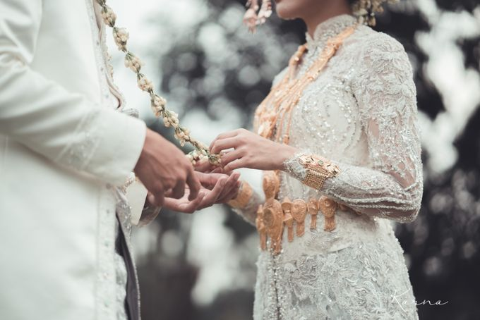 Sacred Wedding in Kubah Emas Grand Mosque by DES ISKANDAR - 014