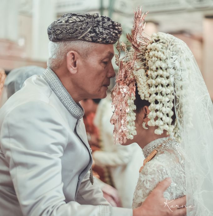 Sacred Wedding in Kubah Emas Grand Mosque by DES ISKANDAR - 038