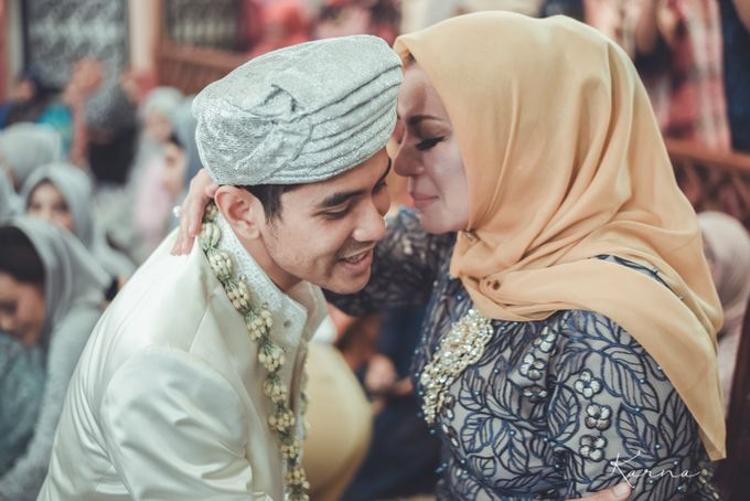 Sacred Wedding in Kubah Emas Grand Mosque by DES ISKANDAR - 039