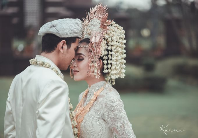 Sacred Wedding in Kubah Emas Grand Mosque by DES ISKANDAR - 001