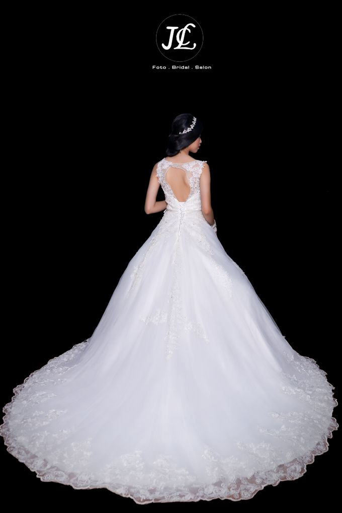 GOWN WEDDING II by JCL FOTO BRIDAL SALON - 002