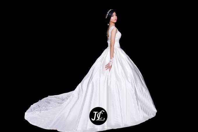 WEDDING GOWN III by JCL FOTO BRIDAL SALON - 001