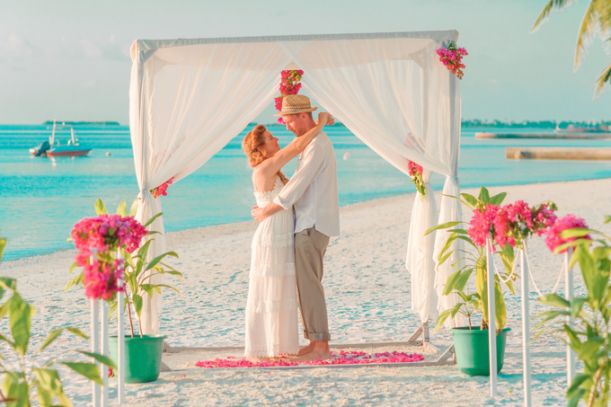 Heike and Michael Destination Wedding In Maldives  by Asad's Photography - 010