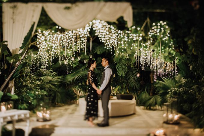 Glasshouse Tirtha Bali Wedding of Ashley & Yoke Song by fire, wood & earth - 044