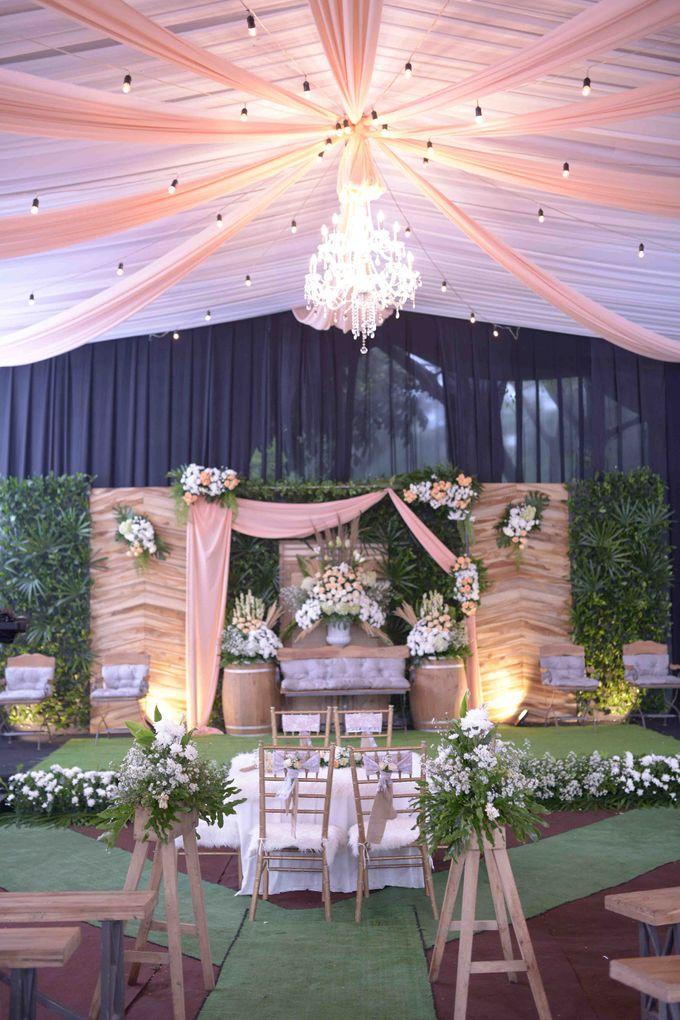The Wedding of Stevani & Bobi by Decor Everywhere - 002
