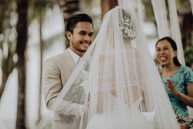Randy Pangalila & Chelsey Frank's Wedding by Atham Tailor - 003