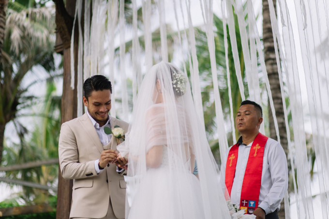 Randy Pangalila & Chelsey Frank's Wedding by Atham Tailor - 002