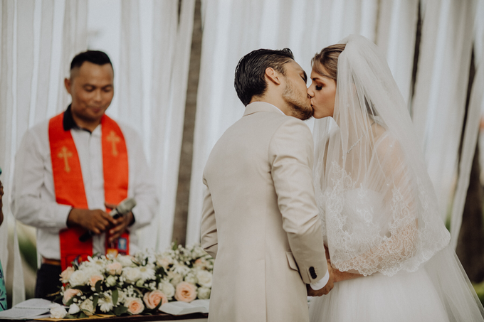 Randy Pangalila & Chelsey Frank's Wedding by Atham Tailor - 009