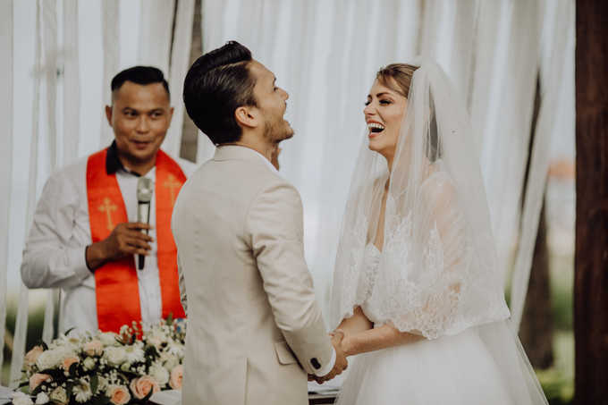 Randy Pangalila & Chelsey Frank's Wedding by Atham Tailor - 010