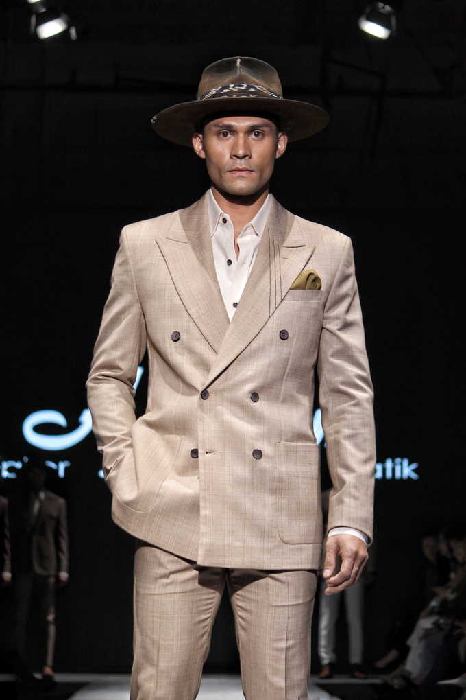 Men's fashion week 2019 by Atham Tailor - 008