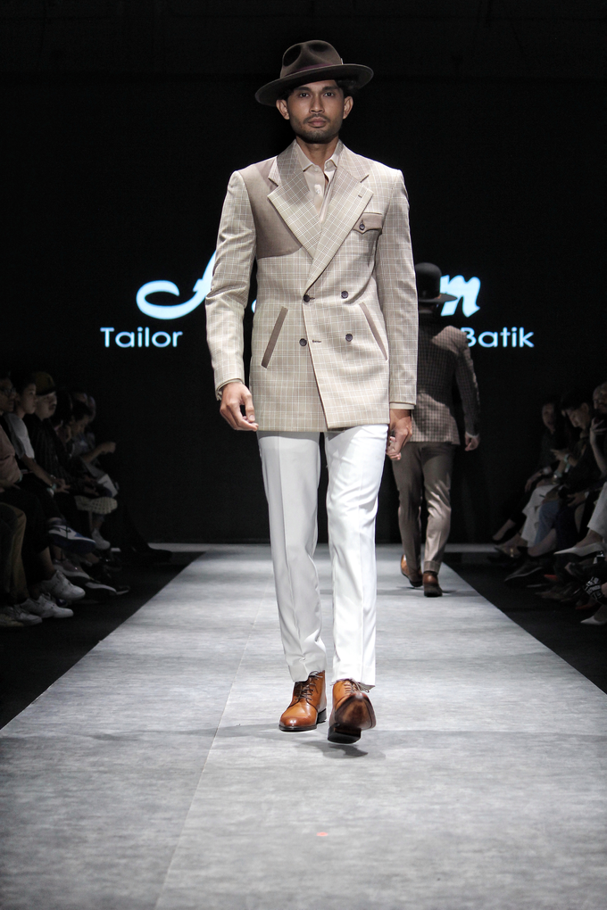 Men's fashion week 2019 by Atham Tailor - 011