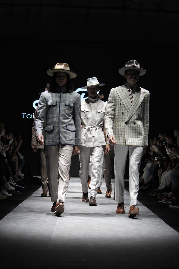 Men's fashion week 2019 by Atham Tailor - 018