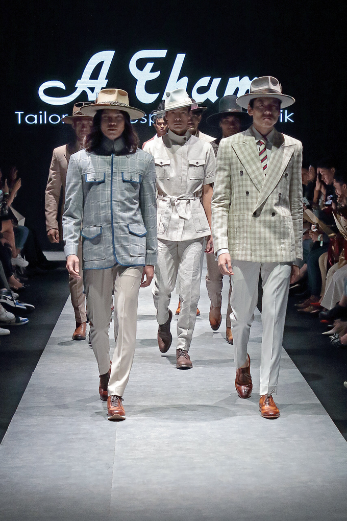 Men's fashion week 2019 by Atham Tailor - 025