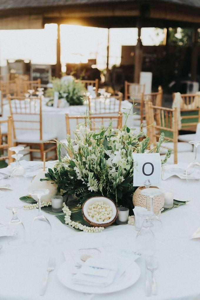 Michael & Medy Wedding by Bloomz Flower Bali - 001