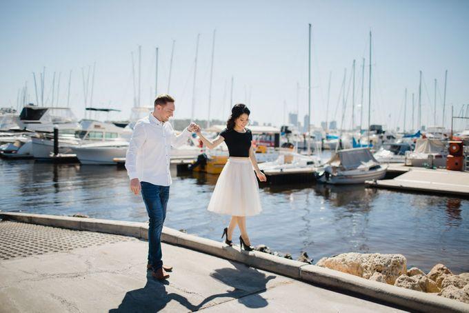 overseas wedding perth australia by Maxtu Photography - 007