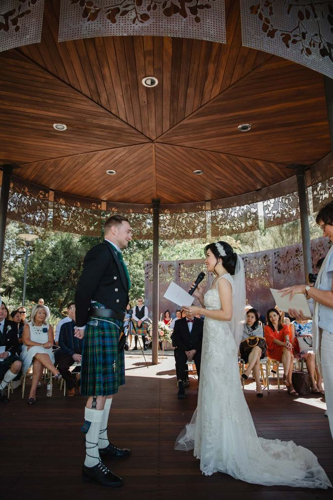 overseas wedding perth australia by Maxtu Photography - 028