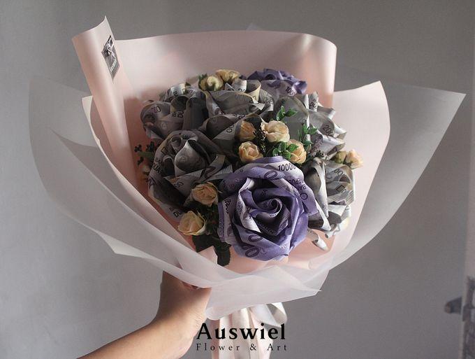 Money Bouquet by La Belle Vie flower - 003