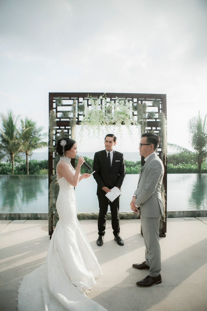 Anson & Vanessa Wedding at The Soori - Bali by Imelda Hudiyono Bride - 024