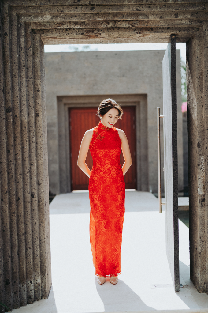 Glamorous Wedding at the Cliff of Uluwatu by The edge - 017