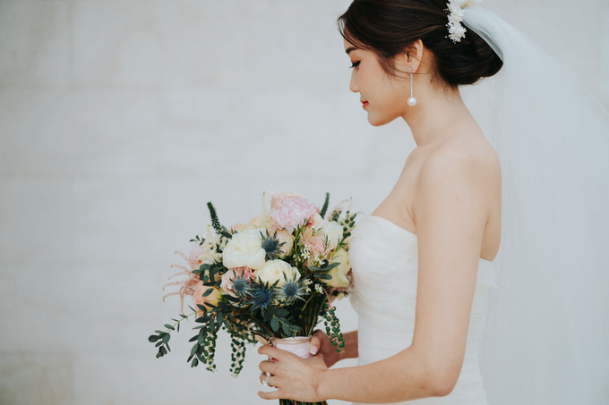 Glamorous Wedding at the Cliff of Uluwatu by AVAVI BALI WEDDINGS - 032